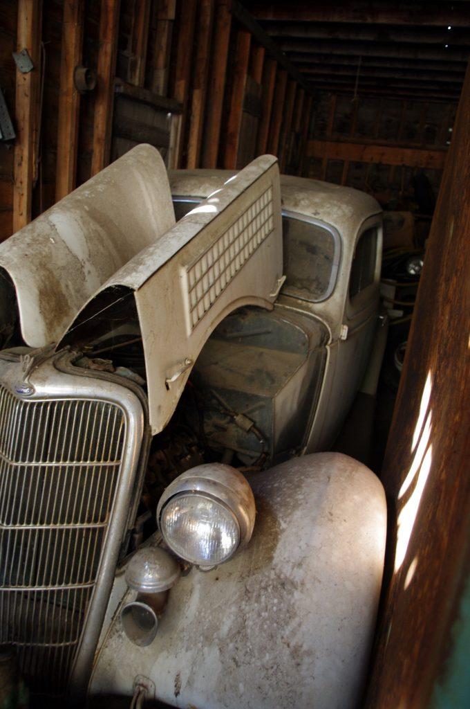Barn Find 1935 Ford