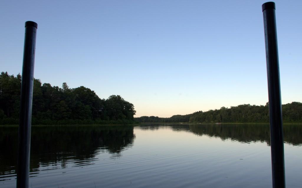 At the lake wallpaper (Swede Lake)